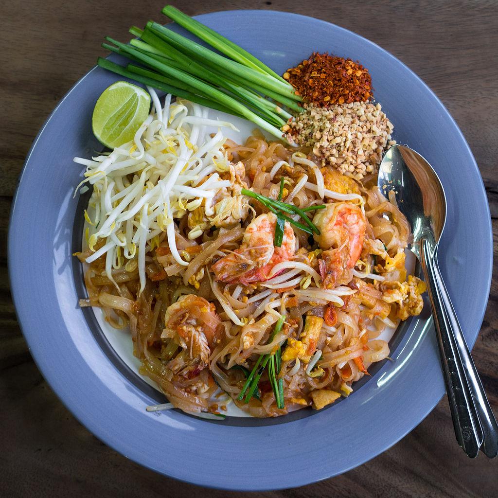Pad thai Noodle on Plate Overhead